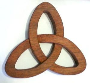 Trinity Knot Wood Trivet